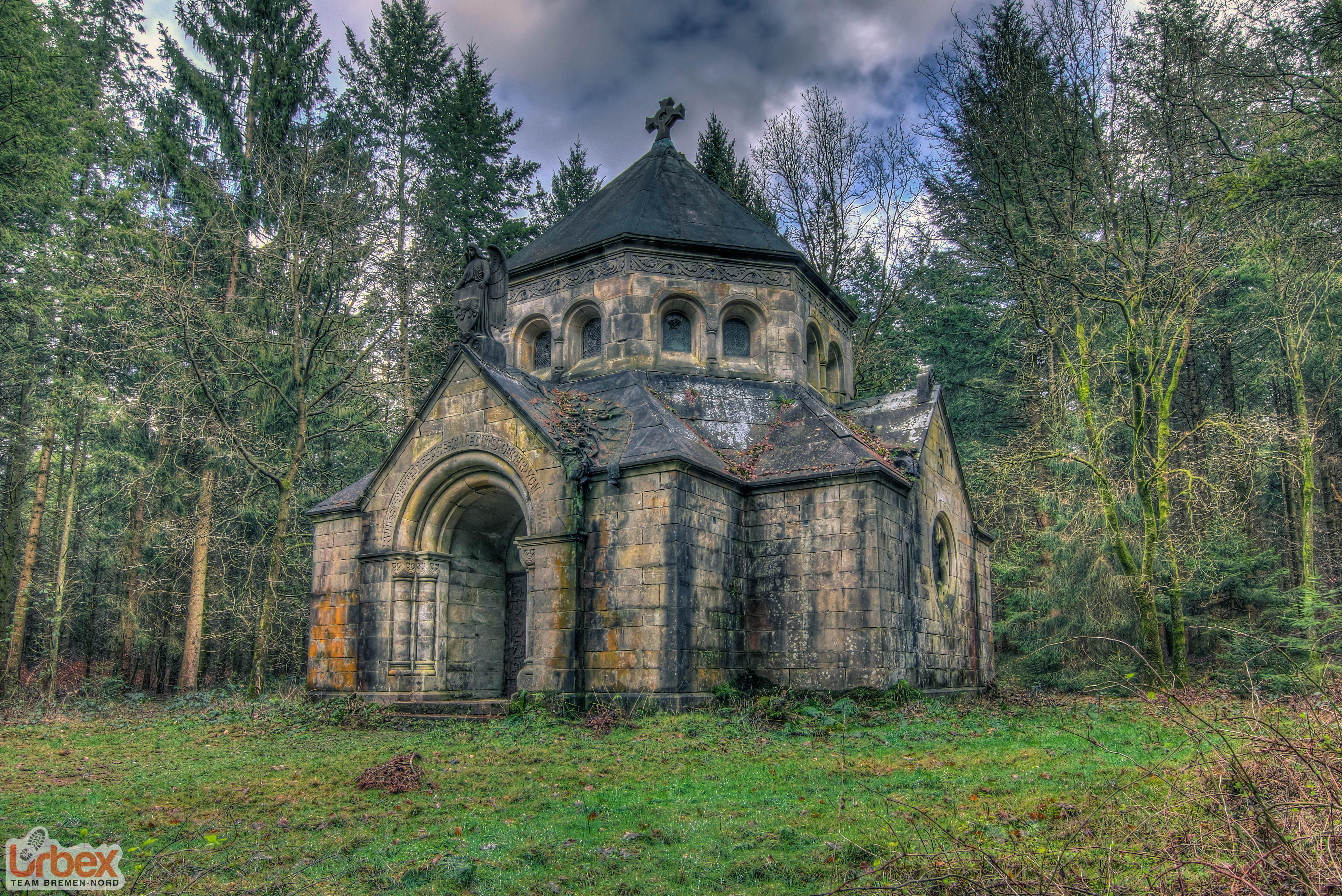 Mausoleum S. - Urbex Team Bremen-Nord
